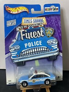 Hot Wheels Times Square Commodore Police Car NYPD TOYSRUS EXCLUSIVE Real Riders
