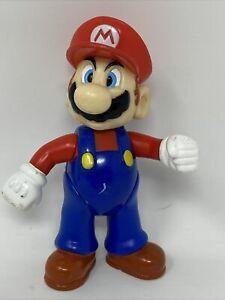 """Vintage 2002 Nintendo Super Mario Bros. 3.5"""" Posable Figure"""