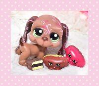 Littlest Pet Shop~#1358~Basset Hound~Dog~Brown Pink~Green Dot Eyes~Postcard Pet