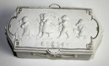 BOITE BISCUIT. DECORATION AVEC JEUX DE POUR ENFANTS: LE MARIAGE.FRANCE (?). XIX.