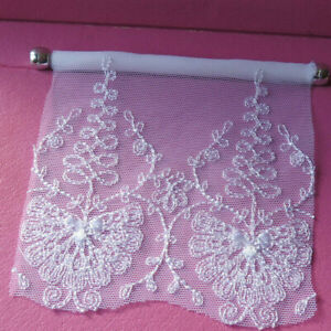 WHITE EMBROIDERED  LACE BLINDS -  - 1:12TH SCALE DOLLS HOUSE