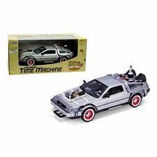 Welly 22444W Back to the Future III - DELOREAN TIME MACHINE 1:24 Scale New Boxed