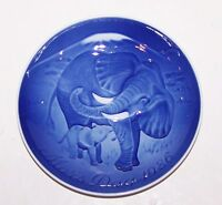 "STUNNING 1986 B&G BING & GRONDAHL DENMARK MOTHER'S DAY ELEPHANT & CALF 6""  PLATE"