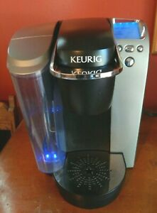 Keurig K70 Pod Coffee Maker Single K Cup Silver and Black Brewing System VGC