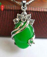 New Green Natural Jade & Crystal Egg-shaped Pendant Necklace