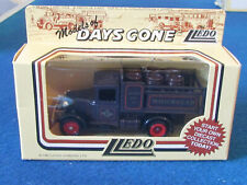 LLEDO DAYS GONE DIECAST FIGURE - WHITBREAD - Ford Stake Truck - DG20003
