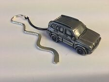 Suzuki Grand Vitari ref245 FULL CAR on a CURVED bookmark with cord