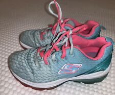 Girls Size 9.5 (27 Euro ) Sketchers Trainers