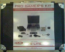 Nintendo DS Lite 18 teiliges Accessoires Pack Intec Pro Gamer´s Kit inkl. Koffer