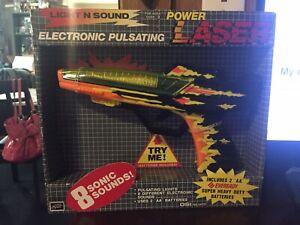 RARE 1991 Diversified Specialist Power Laser Light Sound Toy Gun