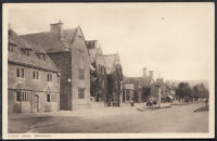Worcestershire Postcard - Lygon Arms, Broadway     RS2642