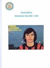DEREK JEFFRIES MANCHESTER CITY 1969-1973 ORIGINAL HAND SIGNED PICTURE CUTTING