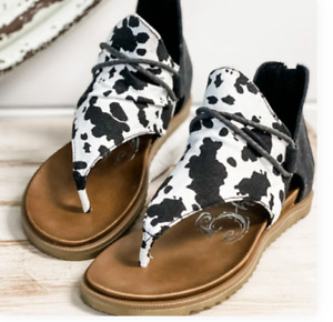 """L@@K! Very G Sandals """"Angelika"""" Cow Print Shoes, NWT, Size 6.5 Retail $49.99"""