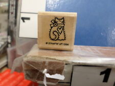 Cat kitten with heart    RUBBER STAMP 33L