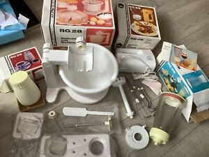 RETRO / VINTAGE AKA Electric RG28 Stand/Bowl, Mixer, Coffee Grinder and Blender