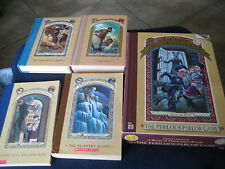Lemony Snicket's A Series of Unfortunate Events The Perilous Parlor Game + books