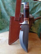 Couteau de Chasse Bowie Rough Rider Lame Acier Carbon Manche Os Etui Cuir RR2005