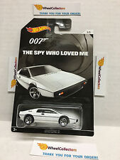 Lotus Esprit S1 * The Spy Who Loved Me * 2015 Hot Wheels * Bond Series * N161