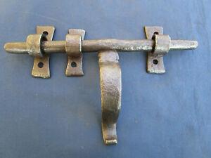 Verrou cochonnier ancien fer forgé largeur 25 cm poignée hauteur 13 cm