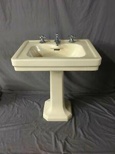 Antique Ceramic Butter Cream Yellow Porcelain Pedestal Sink Standard Vtg 345-19E