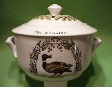 APILCO France Porcelaine d' AUTEUIL CHAMBORD covered dish   Les Canards 3.75 qt