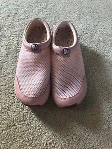 merrell shoes women Size 5,5