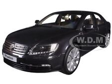 VOLKSWAGEN PHAETON MAZZEPA GREY 1/18 DIECAST MODEL CAR BY KYOSHO 08831 MBK