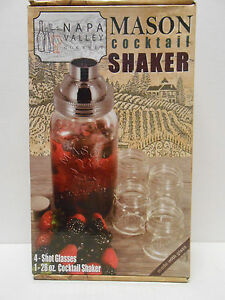 NAPA VALLEY GOURMET MASON COCKTAIL GLASS BAR DRINK SHAKER  & 4 SHOT GLASSES
