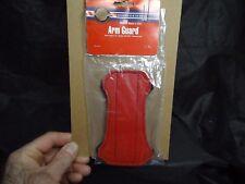 NEW NEET ARCHERY RED VINYL ELASTIC LOOP JIFFY HOOK FASTENER YOUTH ARMGUARD $6.99