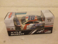 #18 KYLE BUSCH SNICKERS ALMOND TOYOTA CAMRY 2018 LIONEL BOX 1/64