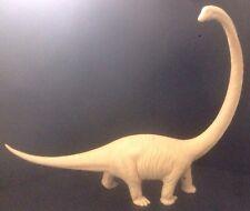 Invicta Plastics Mamenchisaurus Dinosaur British Natural History Museum