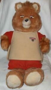 Original Teddy Ruxpin Bear with 2 cassett tapes