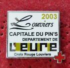 PIN'S SALON DU PINS CAPITALE LOUVIERS DE L'EURE CROIX ROUGE 2003 ZAMAC