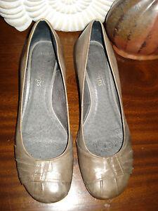 Easy Steps 'Sabrina' Leather Heels Size 39.5