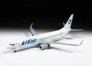 Zvezda Model Kit 7019 Civil airliner Boeing 737-800, scale 1/144