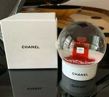 New in Box Chanel 2018 Limited Edition Red No.5 Perfume Snow Globe
