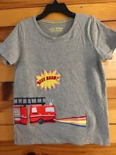 Mini Boden Fire Engine Truck Top Girls Save the Day Rainbow Light Shirt EUC 6-7Y