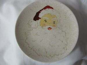 "POTTERY BARN 8"" SANTA Salad Dessert Luncheon Plate Crackle 2009 Discontinued"