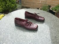 Ladies, Russell & Bromley, Burgundy Leather Shoes, Size 5