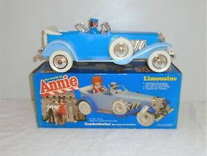 """Vintage """"The World of Annie Limousine"""" 1929 Duesenberg With Box & Instructions"""