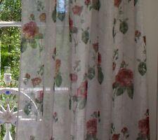 Vorhang ROSALIE offwhite Rosen rot Gardine 2 x 140x250 Skandinavisches Landhaus