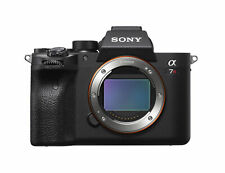 Sony a7R IV Full-frame Mirrorless Interchangeable Lens Camera (ILCE7RM4/B)