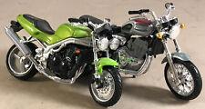 Maisto Motorcyle Triumph X2 Green Black Bike