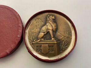 Médaille en bronze fédération éducation physique et préparation militaire signée