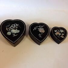 Vintage Nest Of 3 Lacquer Heart Shapd Boxes Inlaid Mother Of Pearl Fruit Flowers