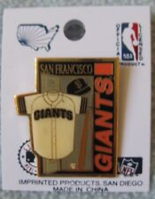 SAN FRANCISCO GIANTS PIN OLD SCHOOL FROM CANDLESTICK PARK ERA