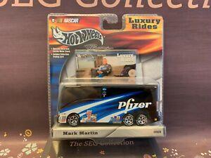 Hot Wheels Racing Luxury Rides #6 Mark Martin Pfizer NASCAR NIP 2002