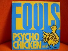 VINYL 45 T – THE FOOLS : PSYCHO CHICKEN – PARODIE TALKING HEADS PARODY  NEW WAVE