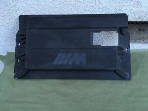 BMW E39 M5 OEM (2000-2003) Coffre Batterie Housse Bord