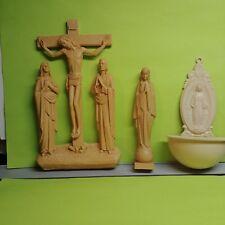 3 Figurines Figurines Jesus on Cross with Mary & Joseph, Praying Girl and Mary